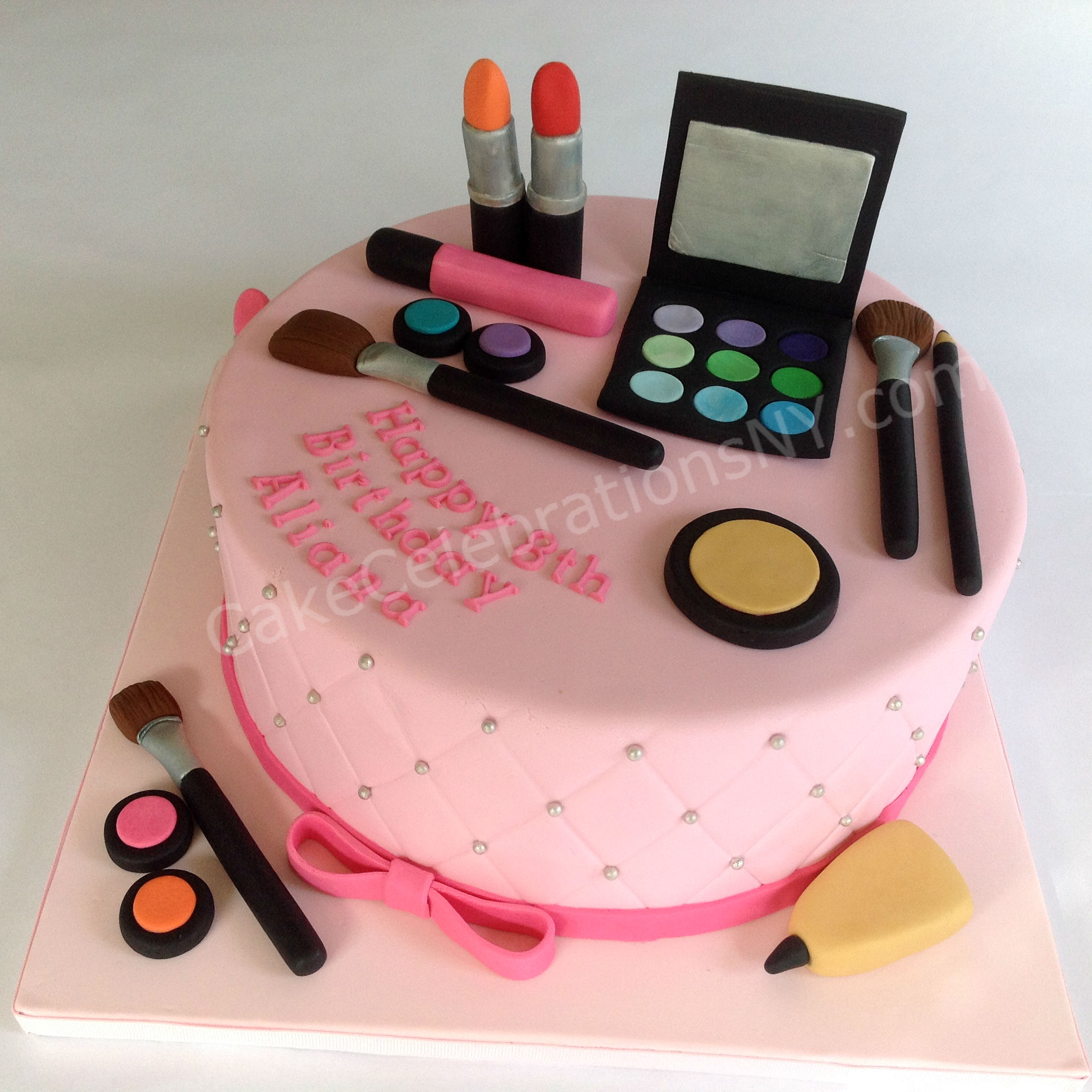 Makeup Birthday Cakes For Ladies