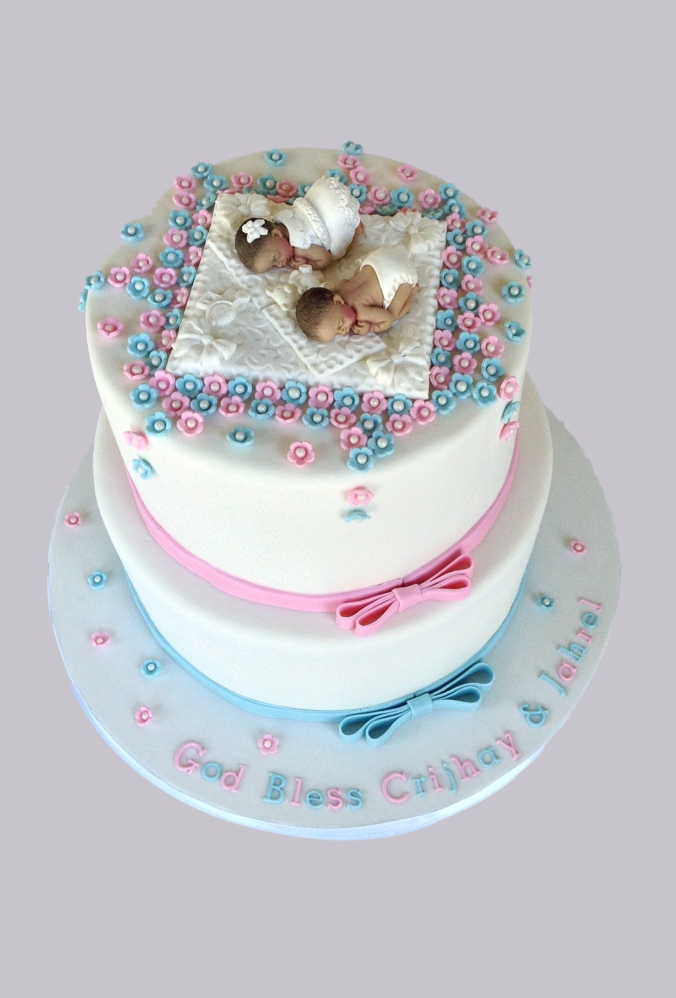 Cake Images For Twins : Twins Baptism Cake Cake Celebrations